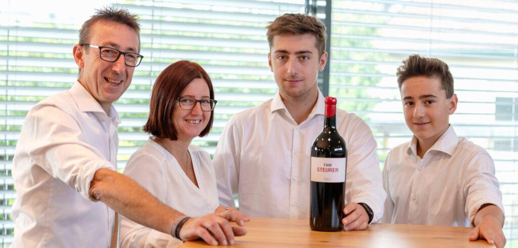 Fam Steurer: Hannes und Emma, Michael und Florian Steurer, Foto: michaelhimml.at